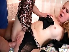 Boy fucks chick in butt