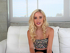 Teen with utterly perfect blonde...