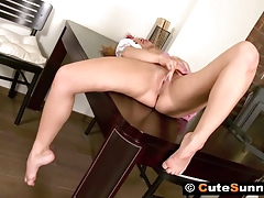 Virgin Flexy Sunny Masturbating