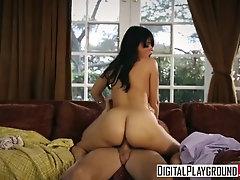 DigitalPlayground - Ava Dalush...