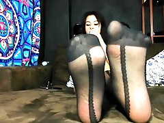 STOCKING SOLES FOOT WORSHIP...