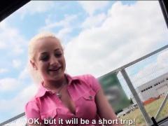 Amateur blonde teen Brooke Lee...